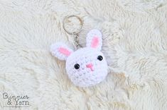 Hello everyone! One of my New Year's resolutions was to FINALLY start the Bunnies & Yarn blog and to write some free crochet patterns for a...