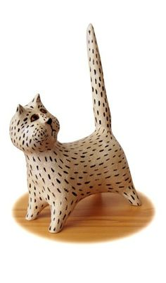 Ceramic cat by Ivana Freiwilligová