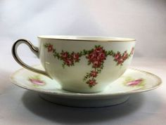 Mismatch Tea Cup Saucer Palace Heinrich Bavaria Bone china and . and C Bavaria bone China White Pink Floral Design Gold Rim