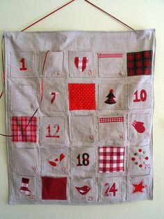Advent calendar    Homemade advent calendar  www.linaloo.typepad.com