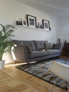 Modern Sofa Design: A Perfect Choice for Your Living Room - Diy Decoration Eclectic Living Room, Living Room Grey, Living Room Modern, Living Room Sofa, Home Living Room, Apartment Living, Living Room Designs, Living Room Decor, Small Living