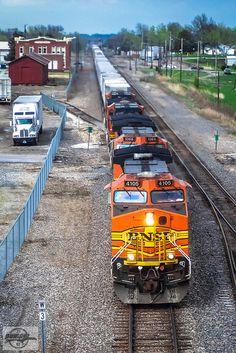 Railroad Companies, Burlington Northern, Marceline, Locomotive, Santa Fe, Railroad Tracks, 10 Years, Walt Disney, Journey