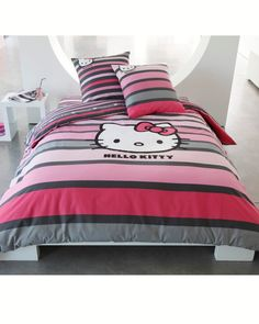 I never find grown up hello kitty bedding like this! Love it!