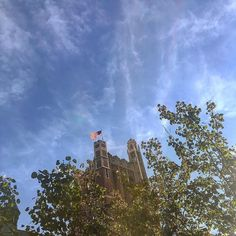 From our friends at Teachers College  @teacherscollege - A gorgeous autumn morning in uptown Manhattan . An excellent opportunity to stop and think about how hard you have worked and the sacrifices you have made to get to Teachers College.  #FallForTC #CUatTC #TCWay #TeachersCollege #ColumbiaUniversity #Uptown #fallinnyc #Columbia #gradschoollife #goviewyou