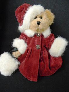 Boyds Bear Plush Teddy w Bearswear Burgundy Coat & Hat w White Fur Trim & Muff