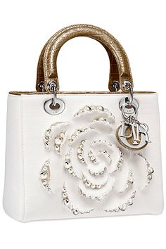 Im thinking my black Lady Dior needs a sister....might have to ask Dave to buyme this one in Vegas teehee.....Provocative Woman: Christian Dior - Spring, Summer 2013 Lady Dior Handbags