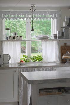 cottage kitchen window ~ love the idea of adding a shelf halfway through a window to display glass . Kitchen Window, Simple Kitchen, Window Shelves, Home, Kitchen Window Treatments, Kitchen Remodel, Home Renovation, Cottage Kitchens, Shabby Chic Kitchen
