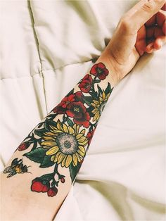 Floral tattoo done by Sam at American Crow Tattoo in Gahanna Ohio. Floral tattoo done by Sam at American Crow Tattoo in Gahanna Ohio. Full Sleeve Tattoos, Sleeve Tattoos For Women, Body Art Tattoos, New Tattoos, Tatoos, Tattoos Pics, Tattoos Gallery, Henna Tattoos, Tattoo Images