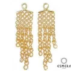 Design único! Quem tem sabe o sucesso que faz!  Boa noite Meninas!!! www.esmeraonline.com.br  loja online    #temqueter #fashion #blog #blogueiras #acessorios #boanoite #EsmeraSemijoias #lojaonline #recebaemcasa #frete #gratis #fretegratis #acima199 #necessaire #presente #promocao #site #fl