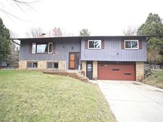 1009 Valley Stream Dr  Madison , WI  53711  - $265,000  #FitchburgWI #FitchburgWIRealEstate Click for more pics
