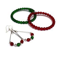 Christmas Jewelry for Women - Holiday Party Accessories - Holiday Jewelry Set for Mom - Christmas Beaded Bracelets and Earrings - Gift Set by TeamColorsbyCarrie on Etsy https://www.etsy.com/listing/461777486/christmas-jewelry-for-women-holiday