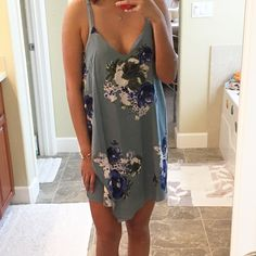 NWT free people printed chiffon cascades dress Pretty opaque fabric. Brand new with tags attached size S Free People Dresses Mini