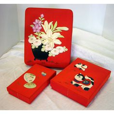 Oriental Japan Silk Nesting Boxes Trapunto Vintage World War II Souvenir Set of 3 Red Flowers Animals - pinned by pin4etsy.com