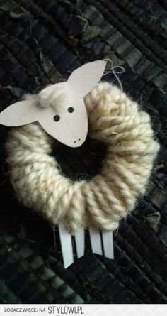 Lamb ornament; how sweet! Must make!!!