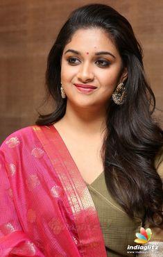 South Indian Actress Photo, Indian Actress Photos, Bollywood Actress Hot Photos, Beautiful Bollywood Actress, Beautiful Actresses, Indian Actresses, Beautiful Girl Indian, Most Beautiful Indian Actress, Beautiful Girl Image