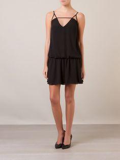 MELLINA Vestido com recortes  R$ 389,90R$ 272,93 12 x R$ 22,74  http://ad.zanox.com/ppc/?30691238C18628954&ULP=[[http://www.farfetch.com/br/shopping/women/mellina-vestido-com-recortes-item-10862835.aspx?storeid=9478&ffref=lp_9_&utm_source=zanox&utm_medium=Display&utm_campaign=custom_deeplink]]
