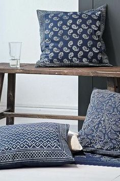 blue cushions...  Perfect for my room!!