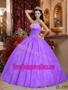 Customized Organza Light Purple Quinceanera Gown Dress with Appliques