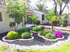 Precious Tips for Outdoor Gardens - Modern Landscaping With Rocks, Outdoor Landscaping, Front Yard Landscaping, Outdoor Gardens, Landscaping Ideas, Backyard Ideas, Garden Stones, Plantation, Garden Planning