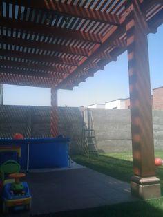 PERGOLAS Y QUINCHOS: quinchos Outdoor Kitchen Grill, Backyard Kitchen, Outdoor Kitchen Design, Backyard Patio, Outdoor Patio Designs, Barbacoa, Bbq, Outdoor Structures, Christian