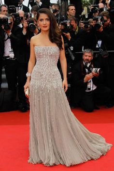 Salma Hayek , Beautiful                                                               Cannes 2011
