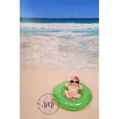 Fun & Creative Ideas for Beach Pictures Baby Strandbilder Baby Beach Pictures, Newborn Pictures, Cute Pictures, Beach Pics, Summer Baby Photos, Infant Pictures, Family Pictures, Baby Am Strand, Foto Baby