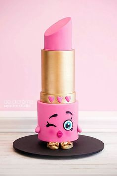 Shopkins Lipstick Cake More Mais Fancy Cakes, Cute Cakes, Pretty Cakes, Beautiful Cakes, Amazing Cakes, Shopkins Cake, Shopkins Birthday Cake, Happy Birthday Cakes, Cake Art
