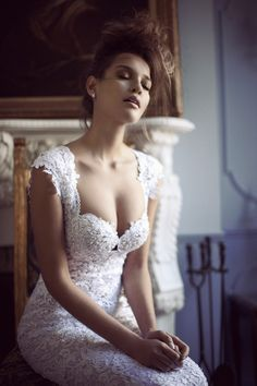 AMORE (Beauty + Fashion): ❣ WEDDING BELL WEDNESDAY ❣- BERTA Bridal Collection