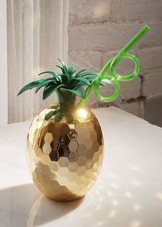 Disco pineapple cup, golden bamboo serving tray and Dolce