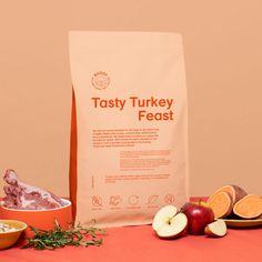 Dog Treat Packaging, Food Packaging, Brand Packaging, Packaging Design, Ice Cream Design, Dog Branding, Pet Treats, Frozen, Cat Food