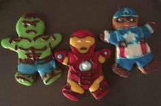 Gingerbread cookies deco of the Avengers