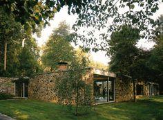 Modernist house; green