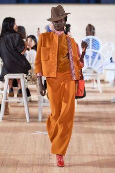 Fashion Week, Fashion 2020, New York Fashion, Fashion Brands, Fashion Show, Ladies Fashion, High Fashion, Fashion Ideas, Fashion Inspiration