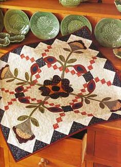 Quilt by Deanne Elsenman.Simple pieced blocks form the perfect background for folk art flowers in this country-fresh quilt by Deanne Eisenman. Small Quilt Projects, Quilting Projects, Quilting Designs, Diy Projects, Small Quilts, Mini Quilts, Appliqué Quilts, Primitive Quilts, Antique Quilts