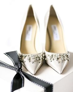 Crazy Shoes, Me Too Shoes, Manolo Blahnik, Jimmy Choo, Perfect Day, Wedding Heels, Beautiful Shoes, Dead Gorgeous, Pretty Shoes