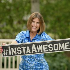 Sue  IS awesome @suebzimmerman @theinstagramexpert !! Her #motivationalmonday Periscope shared creating #tag hubs to build community and WHY you would want to!  #wherewomencreatebusiness by leantowardhappymagazine