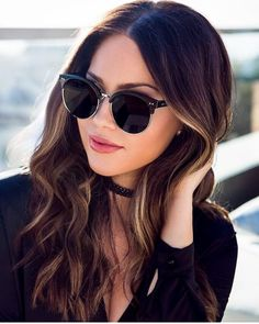 Designer Sunglasses for Women. Checkout the Best Sunglasses to Match with Your Outfit. Polarized Fishing Sunglasses, Cat Eye Sunglasses, Girls Tumblrs, Discount Sunglasses, Cute Glasses, Fashion Eye Glasses, Trending Sunglasses, Designer Eyeglasses, Sunglasses Women Designer
