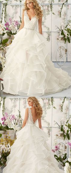 Marvelous Tulle & Organza Satin V-neck Neckline Ball Gown Wedding Dresses with Beaded Lace Appliques