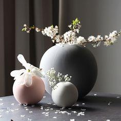 Cooee Design - Ball - Vas 495 kr/st dukatbord & interiör