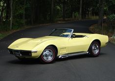 Muscle Cars, GSD,s. Protect the wolves, horses. Yellow Corvette, Corvette Summer, Chevrolet Corvette Stingray, Chevrolet Chevelle, Chevy, Fancy Cars, Cool Cars, Merc Benz, Old Muscle Cars