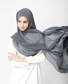 Size & fit: choose from 2 sizes depending on how much coverage you want or the style you wear. our model is wearing a large/maxi size hijab. Muslim Women Fashion, Modest Fashion, Nude Scarves, Wedding Hijab Styles, Hijab Collection, Hijab Trends, Hijab Fashionista, Head Scarf Styles, Girl Hijab