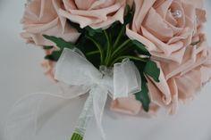Close-up 🎀 #bouquet #roses #flowers #wedding #bride