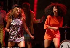 Beyonce Joins Sister Solange Knowles On Stage at Coachella - Watch Now!: Photo Beyonce joins her younger sister Solange Knowles on stage during her set at the 2014 Coachella Music Festival on Saturday (April at the Empire Solo Club in Indio,… Solange Knowles, Coachella Weekend 1, Coachella 2014, Coachella Festival, Beyonce Coachella, Celebrity Dresses, Celebrity Style, Coachella Celebrities, Image Clipart