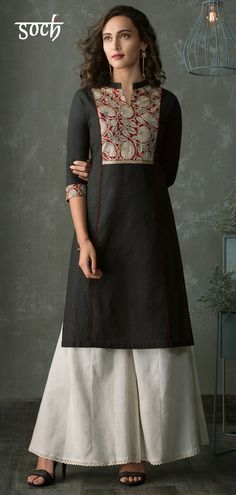 Black Cotton Printed Kurti Dress to the nines for any casual occasion, in this black and maroon straight kurti style. This mesmerizingly beautiful cotton kurti also comes designed with a V-neck. Printed Kurti Designs, Silk Kurti Designs, Churidar Designs, Kurta Designs Women, Kurti Designs Party Wear, Indian Blouse Designs, Indian Kurtis Designs, Kurti Sleeves Design, Kurta Neck Design