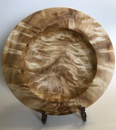 Lathe Projects, Wood Turning Projects, Wooden Plates, Wooden Art, Diy Projects For Men, Vases, Willow Wood, Woodworking Inspiration, Wood Creations