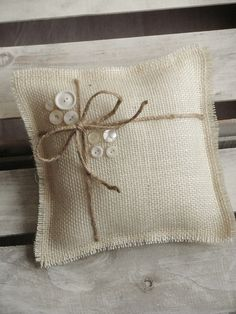 x Off White Burlap Ring Bearer Pillow With Jute Twine & Vintage White Buttons - Rustic/Country/Shabby Chic/Folk/Wedding-Vintage Diy Cushion Covers, Cushion Cover Designs, Burlap Projects, Burlap Crafts, Cushion Embroidery, Ring Pillows, Sewing Aprons, Burlap Flowers, Jute Twine