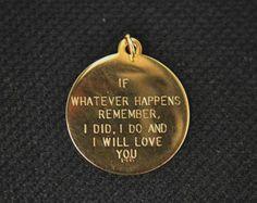 - ̗̀ @cabeswtr ̖́- K ik this is a dog collar tag, but
