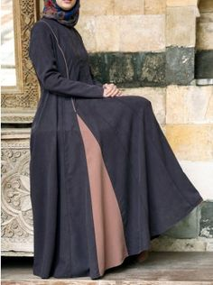 SHUKR's long dresses and abayas are the ultimate in Islamic fashion. Moslem Fashion, Arab Fashion, Islamic Fashion, Hijab Abaya, Hijab Dress, Parda, Mode Simple, Hijab Style, Abaya Designs