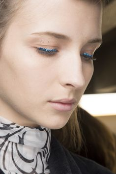 Dries Van Noten Spring 2016 Ready-to-Wear Fashion Show Beauty