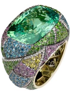 Kaleidoscope ring by Fabergé via cijintl | hautetramp